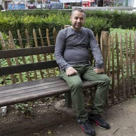 O sírio William, que deixou há 20 anos seu país natal, rumo à Bélgica Foto: DELMI ALVAREZ/El País