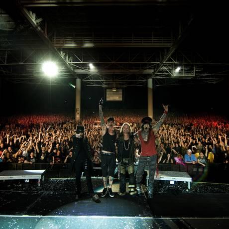 Mick Mars, Tommy Lee, Vince Neil e Nikki Sixx: o Mötley Crüe Foto: Divulgação
