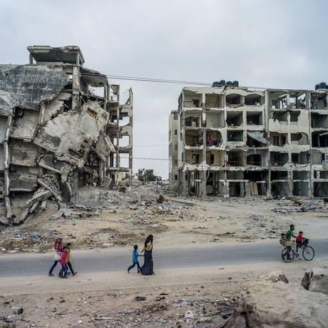 Edifícios continuam destruídos em Beit Lahia, na Faixa de Gaza Foto: TOMAS MUNITA / NYT