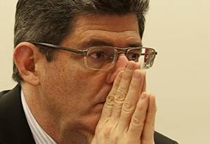 Levy: 'O processo para se garantir a meta de superávit primário de 0,7% do PIB em 2016 será completado nas próximas semanas' Foto: Jorge William / Agência O Globo