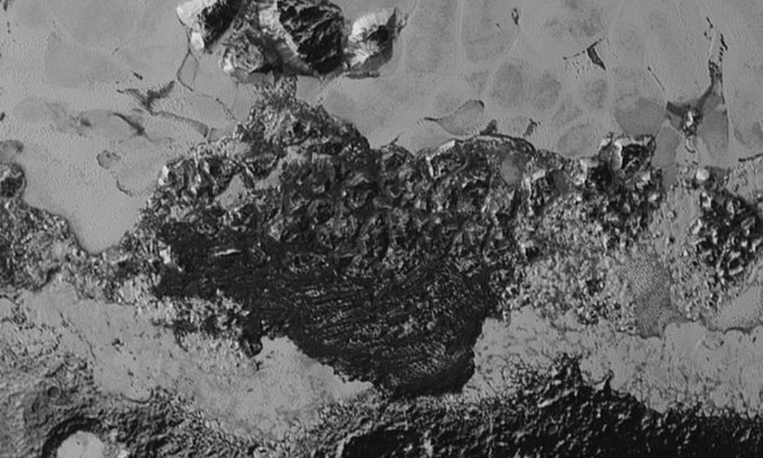 Cientistas acreditam que imagem retrata dunas Foto: Divulgação/Nasa /