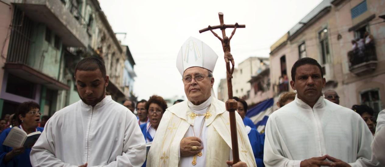 O cardeal Jaime Ortega durante procissão no centro de Havana Foto: ALEXANDRE MENEGHINI / REUTERS