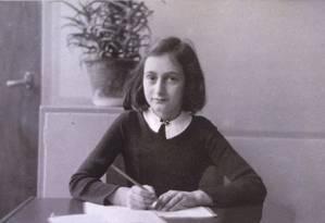 Anne Frank em foto não datada Foto: Reprodução
