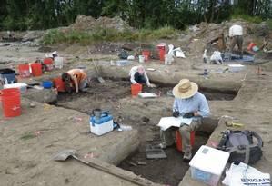 Escavação no sítio arqueológico em 2013: região era pantanosa no fim da Idade do Gelo Foto: Divulgação/SWCA Environmental Consultants