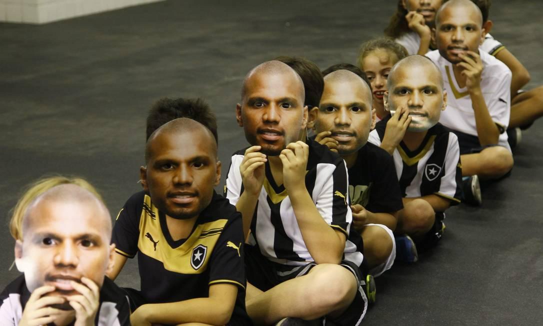 Torcedores homenageiam Jefferson, que completou 400 jogos com a camisa do Botafogo Marcelo Carnaval / Agência O Globo