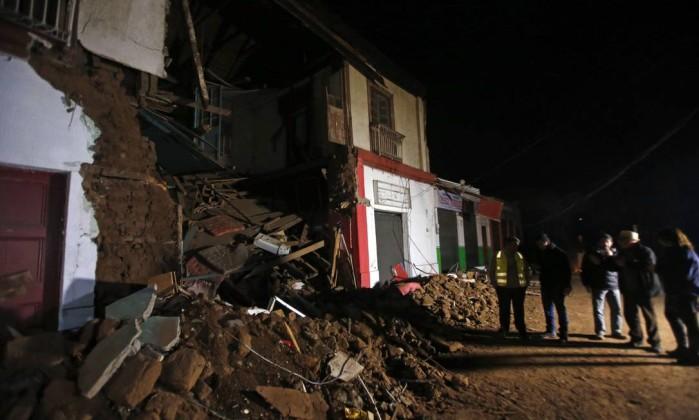 Resultado de imagem para terremoto chile valdivia 24/04/2017