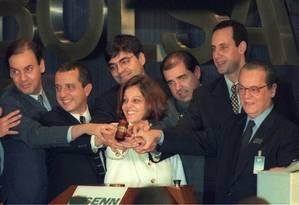 Sem recursos. O momento da venda da Telebras em 1998. O Estado não tinha mais condições de investir para expandir o serviço Foto: Hipólito Pereira/28-7-1998