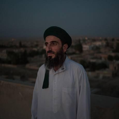 Nasr Hasadat, muçulmano sufi de 30 anos, teve 18 pessoas da família mortas pelo Estado Islâmico Foto: Alice Martins/ 16-09-2015