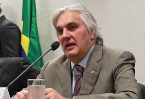 O Senador Delcídio Amaral (PT-MS) na Comissão de Assunto Econômicos do Senado Foto: Aílton de Freitas / Agência O Globo / Arquivo 23/04/2013