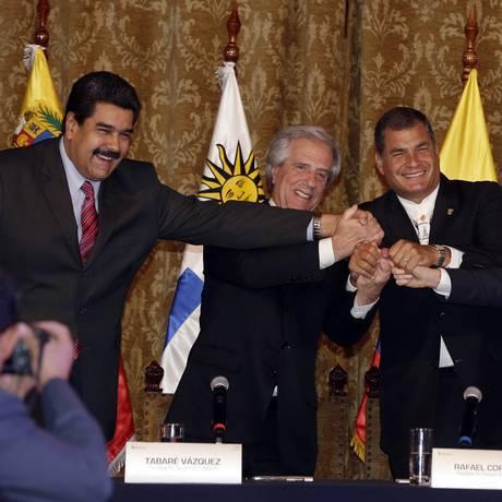 Maduro, Vázquez, Correa e Santos chegaram a acordo Foto: Dolores Ochoa / AP