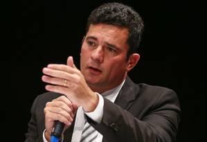 O juiz federal Sergio Moro diz, em sentença, que Lava-Jato não se limita à Petrobras Foto: Geraldo Bubniak / Agência O Globo