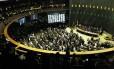 Parlamentares votam, em sessão conjunta do Congresso, os vetos da presidente Dilma