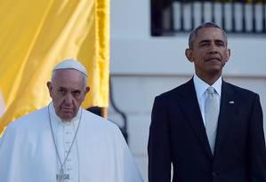 Barack Obama e Papa Francisco em cerimônia nos jardins da Casa Branca Foto: VINCENZO PINTO / AFP