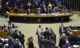 Câmara dos Deputados aprova aposentadoria compulsória, aos 75 anos, para servidor público