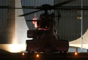 O helicóptero usado para transportar a presidente Dilma do Palácio da Alvorada até a Base Aérea de Brasília Foto: DIDA SAMPAIO/ESTADÃO CONTEÚDO