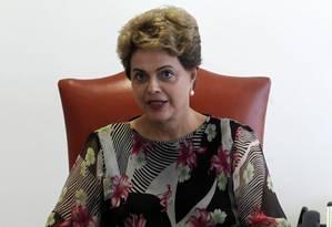 A presidente Dilma Rousseff, durante entrevista em Nova York Foto: Givaldo Barbosa