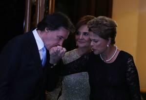 Senador Eunício Oliveura e a presidente Dilma Rousseff Foto: Ailton de Freitas / Agência O Globo