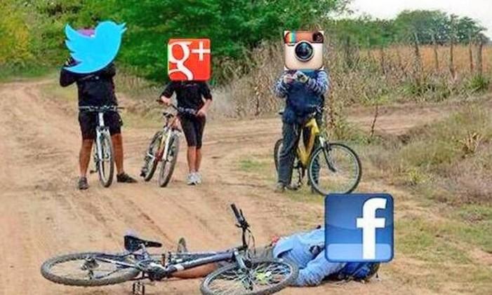 Meme mostrava outras redes praticando bullying com Facebook Foto: Reprodução