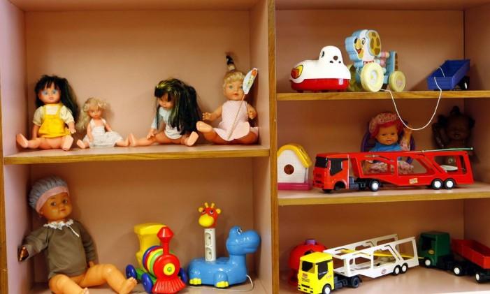 Arrecadação de brinquedos e crianças do Inca Foto: Gustavo Stephan / Agência O Globo