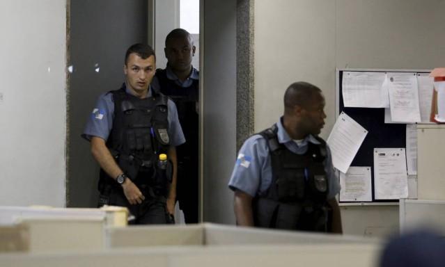 Policiais envolvidos em ação na Providência depõem em delegacia