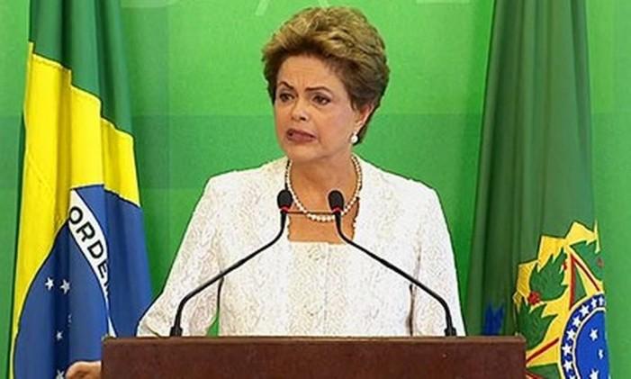 A presidente Dilma Rousseff fala sobre a reforma ministerial Foto: Reprodução/NBR