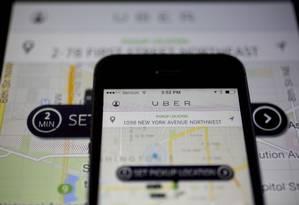 Uber é uma das companhias que distribuem ações para seduzir engenheiros e desenvolvedores altamente capacitados Foto: Andrew Harrer / Bloomberg