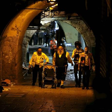 Ataque em Jerusalém terminou com três mortos e dois feridos Foto: AMMAR AWAD / REUTERS