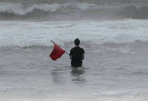 """Detalhe do filme """"Cordilheiras no mar: a fúria do fogo bárbaro"""" Foto: Reprodução"""