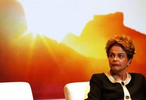Dilma participa de cerimônia do Ano Olímpico para o Turismo no Palácio do Planalto Foto: Jorge William / Agência O Globo