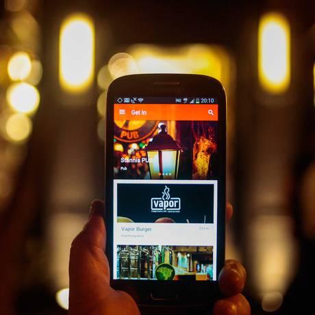 Aplicativo Get In, para ganhar tempo em filas de restaurante Foto: Pedro Kirilos / Agência O Globo