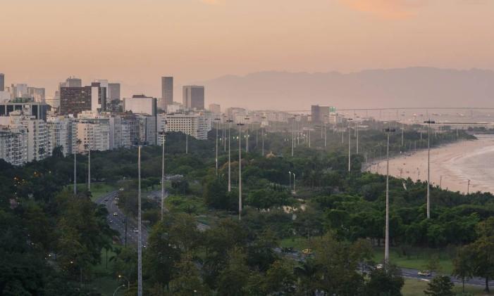 Os postes do Parque do Flamengo têm 45 metros de altura Foto: Daniel Marenco / Agência O Globo