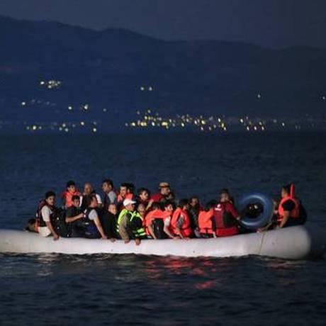 Só na última noite foram feitos três resgates na mesma região Foto: AP