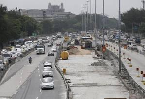 Um trecho da obra do BRT Transbrasil em Benfica que sofreu atrasos Foto: Pablo Jacob / Agência O Globo