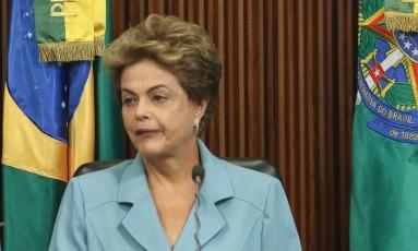 A presidente Dilma Rousseff Foto: André Coelho / 08-10-2015 / Agência O Globo