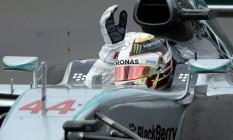 Lewis Hamilton comemora vitória na Rússia Foto: ALEXANDER NEMENOV / AFP