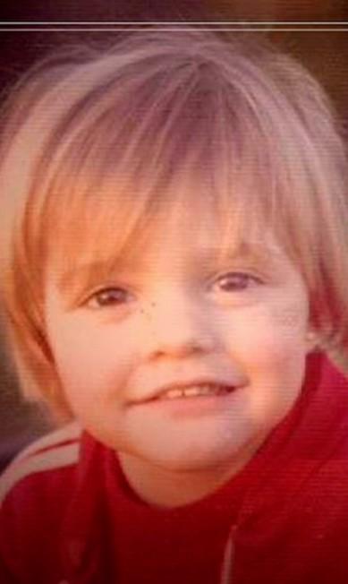 """Fernanda Lima, linda desde pequenininha. """"Hoje é #DiaDasCrianças! Que a vida se encha de alegria e inocência!!! Muito amor, muita saúde, segurança, educação e cultura para todas as crianças do mundo!!!"""" Instagram"""
