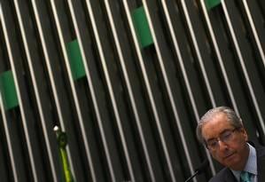 O presidente da Câmara, Eduardo Cunha, pode decidir hoje se aceita o pedido de abertura do processo de impeachment de Dilma: decisão depende de mudanças no pedido Foto: Jorge William
