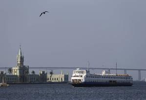 CCR barcas quer entregar a concessão ao governo do estado do Rio Foto: Domingos Peixoto / Agência O Globo