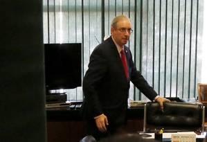 O Presidente da Câmara dos Deputados, Eduardo Cunha (PMDB-RJ) durante sua chegada ao seu gabinete na Câmara Foto: Ailton de Freitas / Agência O Globo