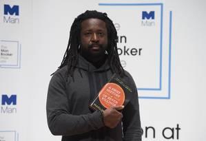 Marlon James, na segunda-feira, durante evento que antecedeu a premiação Foto: NIKLAS HALLE'N (12-10-2015) / AFP