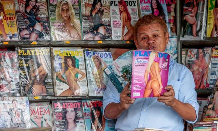 Guerrinha, conhecido como maior colecionador da revista Foto: Agência O Globo