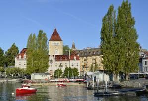 Castelo. Construção medieval funciona como hotel em Lausanne Foto: Cristina Massari
