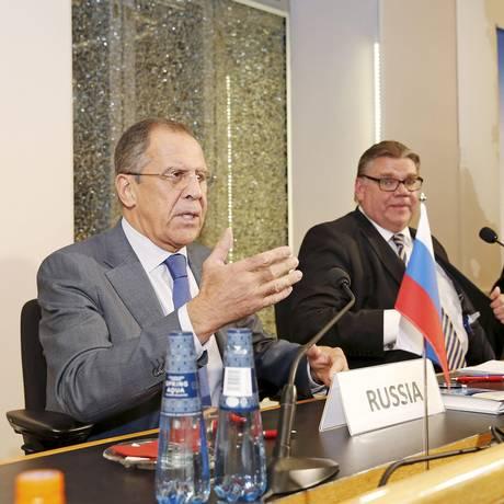 Ministro das Relações Exteriores da Rússia, Sergei Lavrov no Conselho Euro-Ártico do Mar de Barents: 'aqueles que se opõem ao terrorismo devem se unir e coodenar ação' Foto: Lehtikuva / Reuters