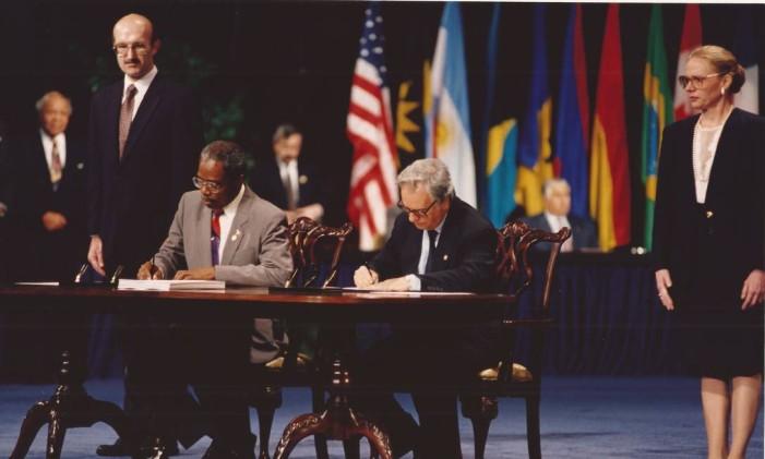 Em 1996, Itamar Franco é nomeado embaixador do Brasil junto à OEA Foto: Acervo Memorial Itamar Franco