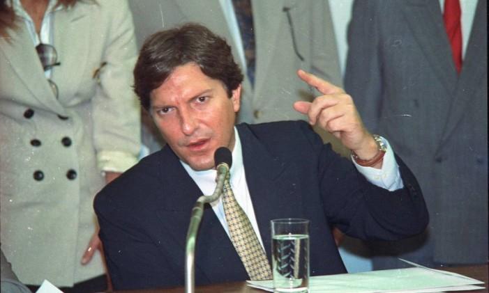Pedro Collor de Mello presta depoimento da na CPI do caso PC Farias Foto: Sérgio Marques / Agência O Globo 04/06/1992