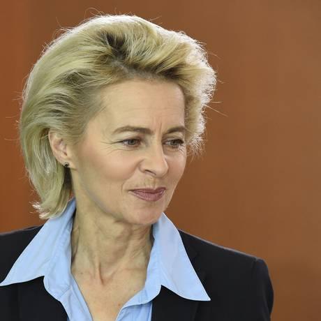 Ursula Von der Leyen é responsável pela pasta da Defesa na Alemanha Foto: TOBIAS SCHWARZ/AFP