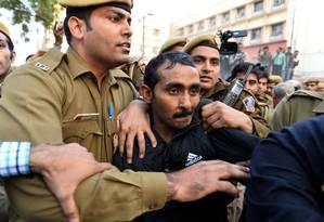 Shiv Kumar Yadav foi condenado por estupro, sequestro e intimidação Foto: Chandan Khanna / AFP