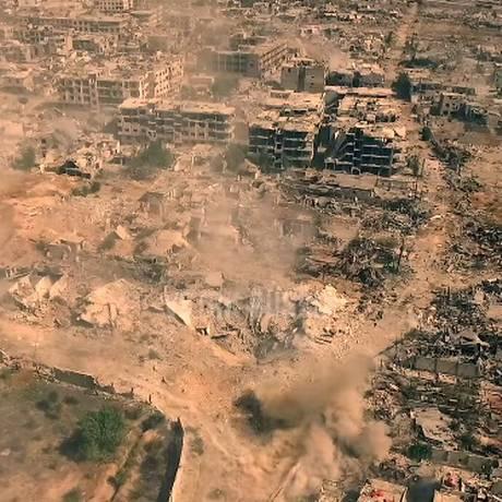 Drone flagrou destruição e ataques mútuos Foto: Reprodução