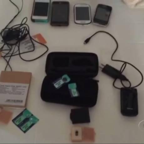 Equipamento utilizado pelo grupo na fraude Foto: Reprodução TV Gazeta
