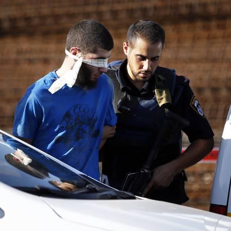 Agressor que atacou soldado na Cisjordânia é preso Foto: AHMAD GHARABLI / AFP